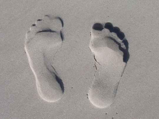 sand-reprint-feet-sole-59876.jpeg